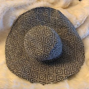 Black and White Basket Weave Beach Hat